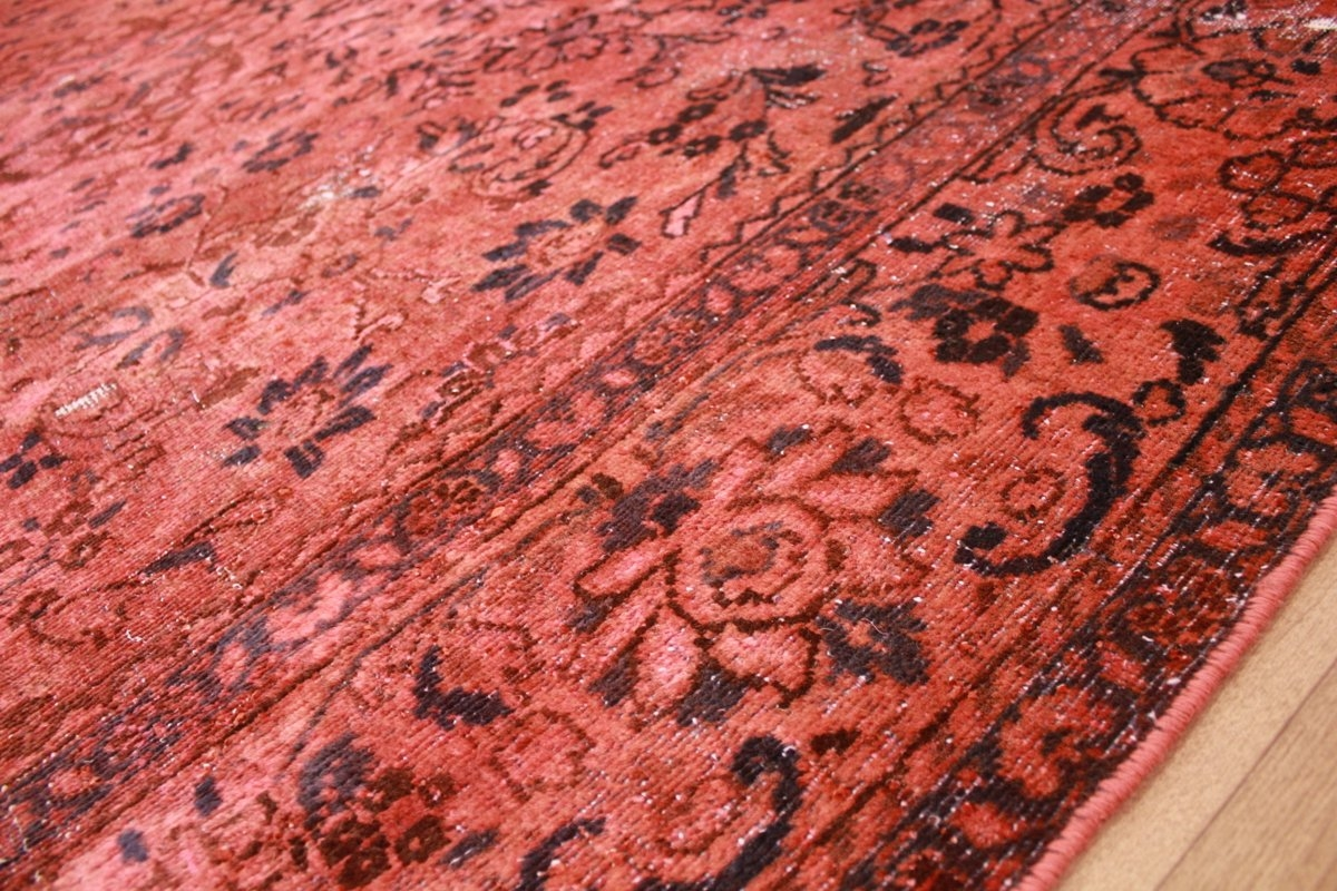 vintage carpet modern overdyed used look red. Black Bedroom Furniture Sets. Home Design Ideas