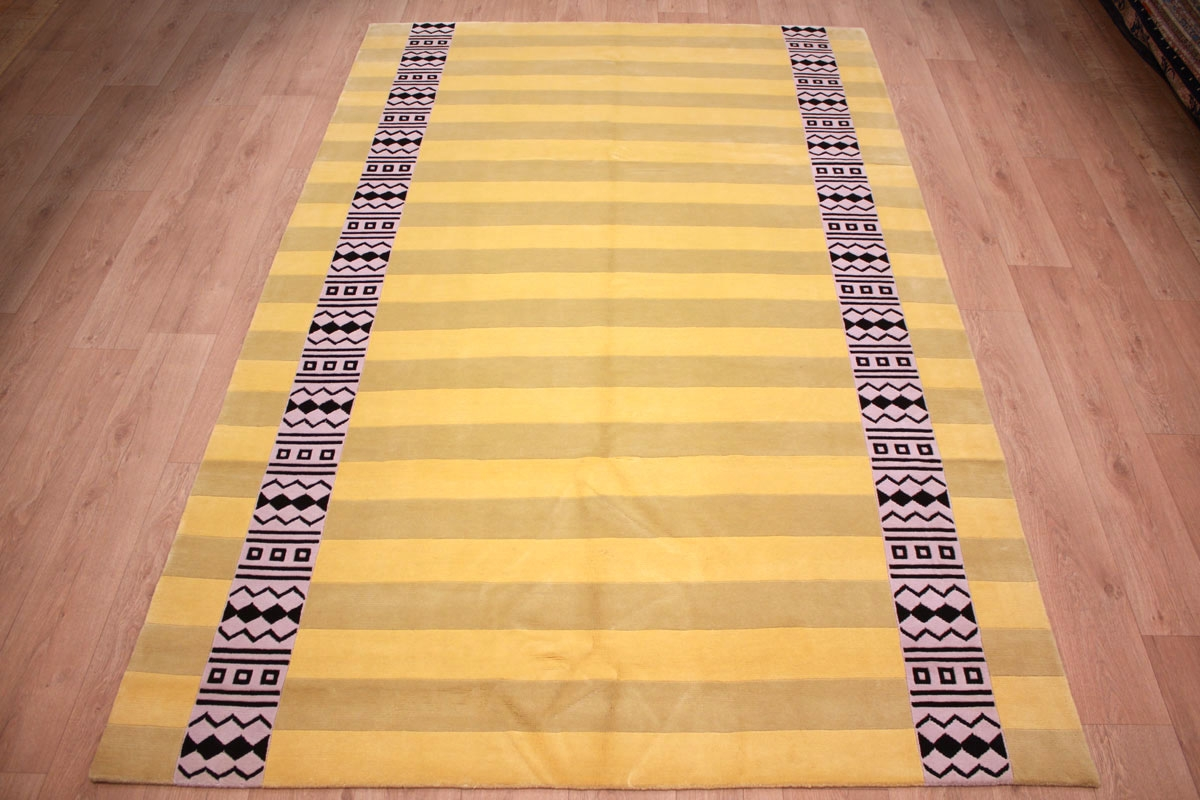 Modern Oriental Carpet Nepal Royal Yellow 291x191 Cm